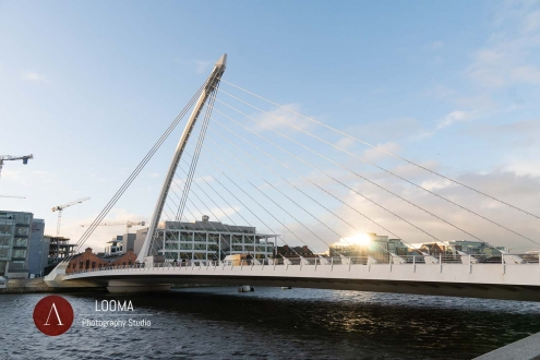 CALATRAVA architect SAMUEL BECKETT BRIDGE
